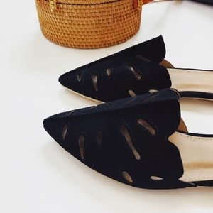 Shoes - 🆕Sabrina Black Faux Suede Flat Mules